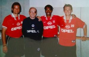Les anciens d'Amilly avec leur coach (Photo : Jérôme Leroy)